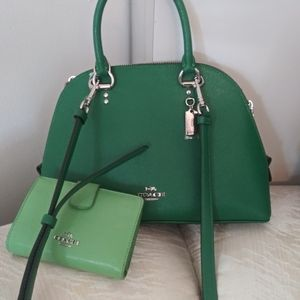 Shamrock Coach crossbody/with Wallet